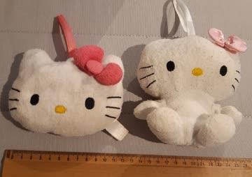 2 Hello Kitty Badeschwämme