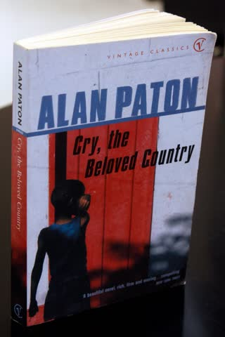 Cry, the Beloved Country. A Story of Comfort in Desolation. (Vintage Classics)