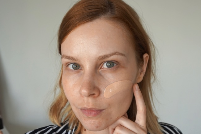Becca Aqua Luminous Perfecting Foundation Porcelain review recenzia make-up