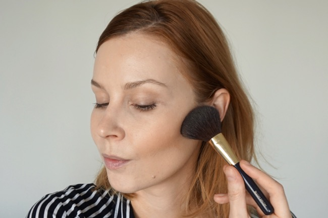 bareMinerals Invisible Bronze Powder Bronzer fair light recenzia review