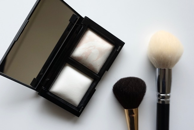 bareMinerals Invisible Light Translucent Powder Duo recenzia