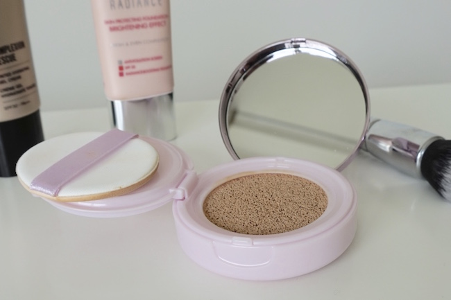 L'Oreal Paris Nude Magique Cushion Foundation 01 Porcelain recenzia