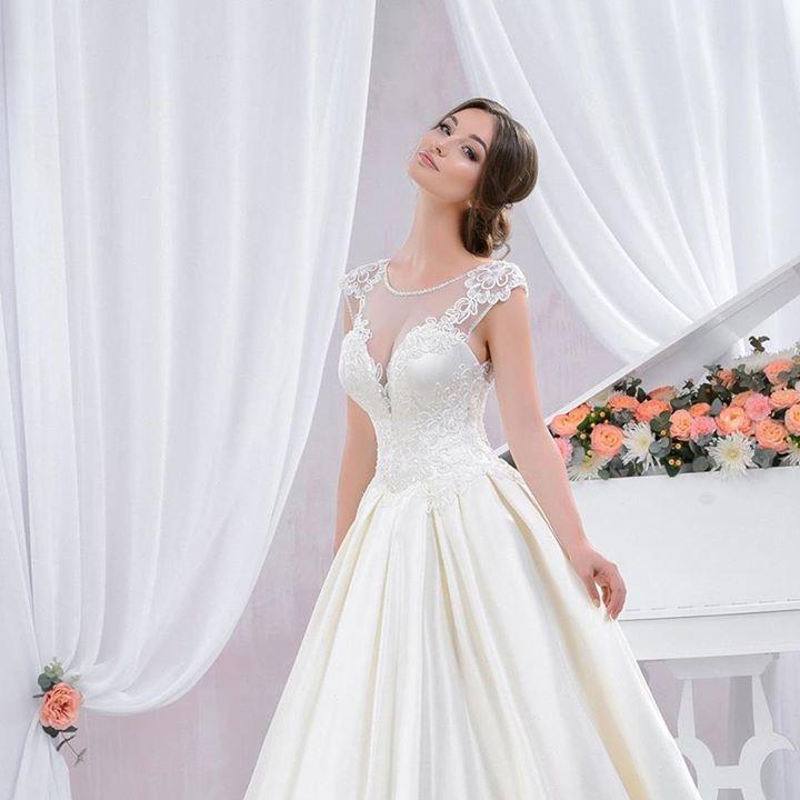 AbitiperSposa.it - Vendita abiti da sposa su misura. 12c7bad5eec