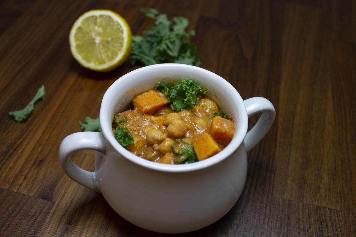 chickpea curry in a small soup bowl