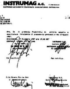 """Voici le protocole d'accord signé en 1987 qui est à l'origine du """"Projet Urano"""". Il s'agit de l'écoulement de déchets industriels toxiques provenant des pays industrialisés, principalement des USA, dans un énorme cratère naturel qui se trouve au Sahara Occidental. Cet accord a été signé par Nickolas Bizzio et Luciano Spada (homme de confiance de l'ancien Premier ministre italien, le socialiste Bettino Craxi) pour la société Instrumag et par Guido Garelli en tant que représentant de l'Administration Territoriale du Sahara et de la Compania Minera Rio de Oro - JPG - 12.9ko"""