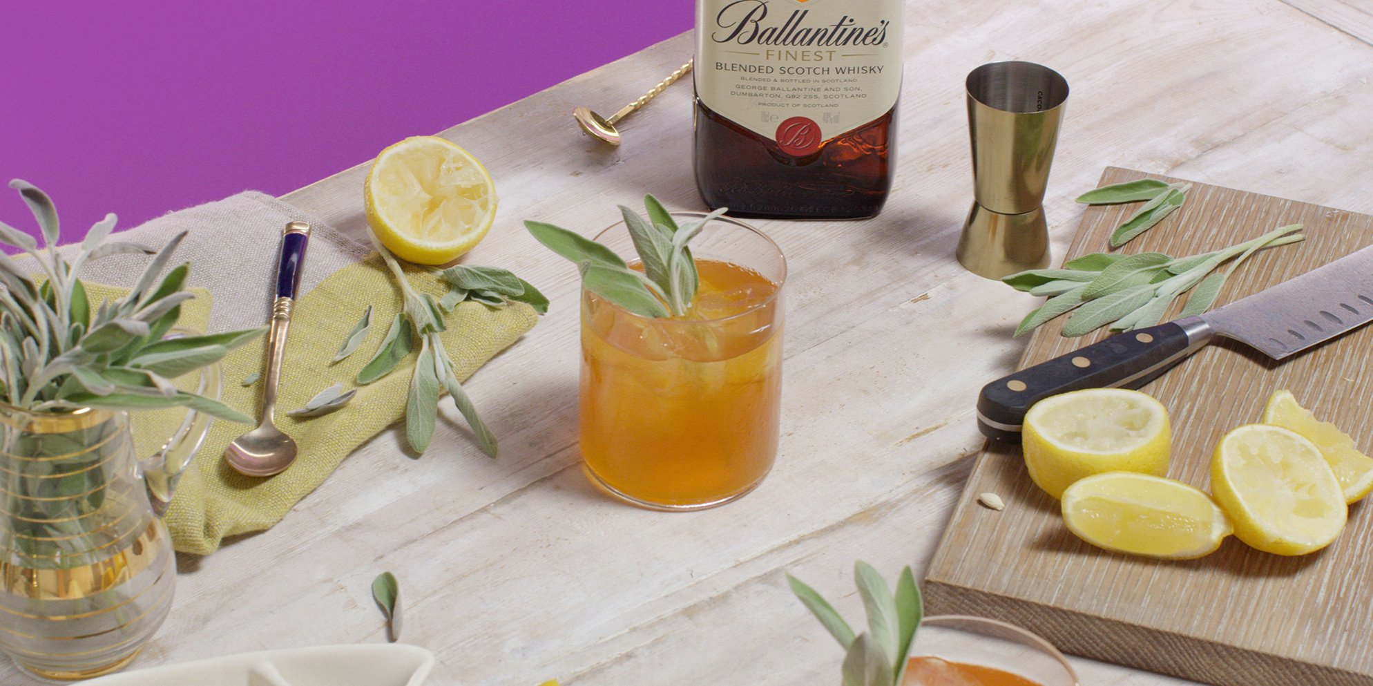 Whisky Cocktails | Gold Rush | Sweet & citrusy | Ballantine's