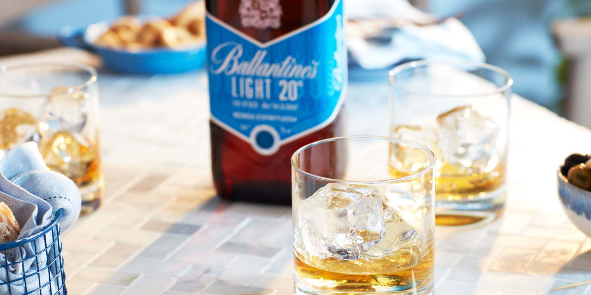 Ballantines_Light_20_Todo el sabor_Mitad de alcohol