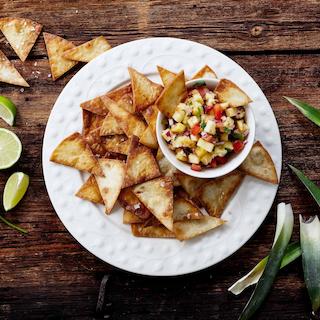 Ananassisalsa ja isetehtud nacho\'d