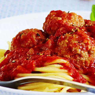 Keedetud lihapallid tomatikastmes