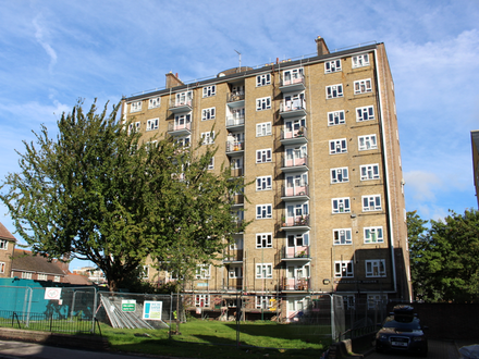 Vacant Sixth Floor Three Bedroom Flat Ideal For Investment