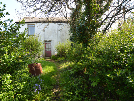 2/3 BEDROOM COTTAGE IN NEED OF MODERNISATION