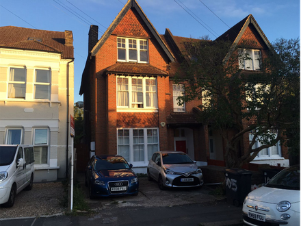 Ground Floor One Bedroom Garden Flat Ideal For Investment