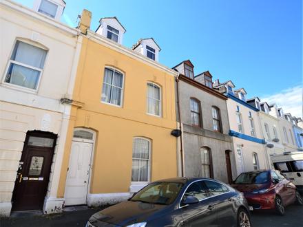 10 Benbow Street