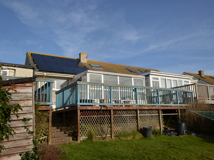 DORMER BUNGALOW WITH SEA VIEWS