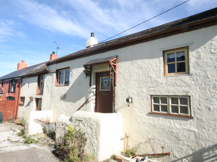 An opportunity to acquire a period three bedroom character cottage offering vast potential with internal and external works required.