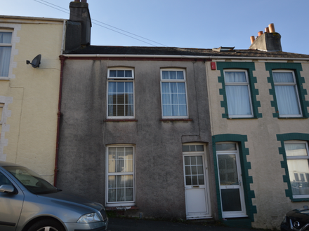 Two Bedroom Mid Terrace Property