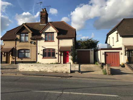 Refurbished 3 Bedroom Semi-detached House