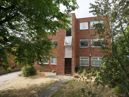 TWO BEDROOM FLAT IN NEED OF MODERNISATION
