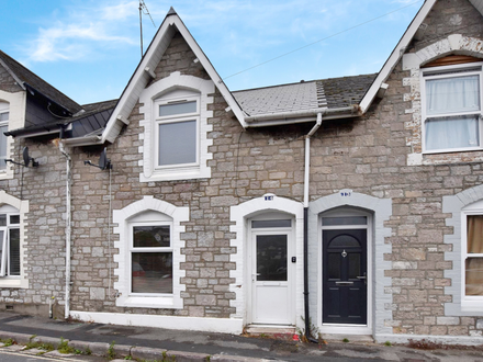 TWO BEDROOM MID-TERRACED PROPERTY