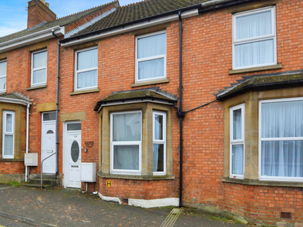 THREE BEDROOM PROPERTY WITH PARTIALLY CONVERTED LOFT