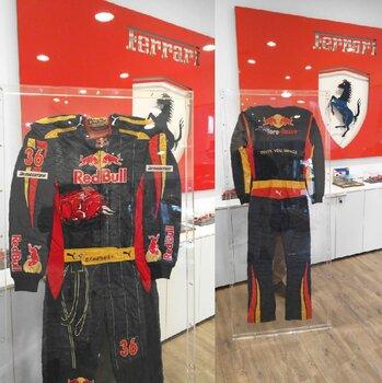 Grande Teca Scrigno Plexiglass per Tute Piloti F1, NASCAR, Kart, Uniformi etc...