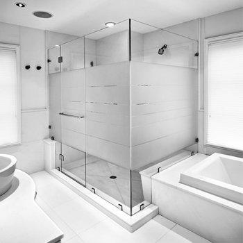 Interior Design...Pellicole Satinate: Ridefinisci Gli Spazi del Tuo Mondo...