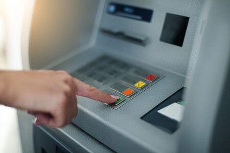 Pórul járhatsz, ha nem figyelsz a bankszámládra