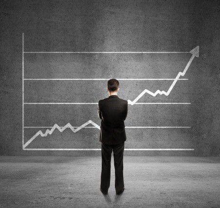 Emelkedő törlesztőrészletek – várjunk-e még a csodára, vagy belépjünk az árfolyamgátba?