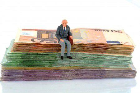 Forintos dilemma: honnan lesz nyugdíjam?