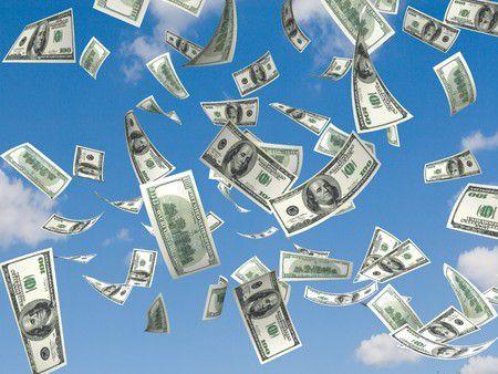 Milliókat oszt szét ügyfelei között az OTP! És mit kínál a többi bank?