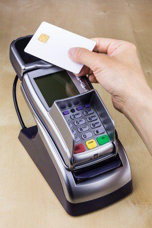 Érintés nélküli fizetés – A te bankodnál van rá lehetőség?