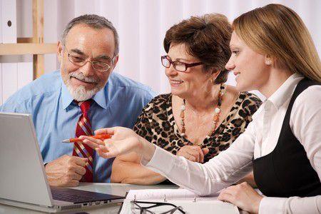 Mi ez a feszengés a nyugdíjakon? Kiszámoltuk mennyit veszíthetsz