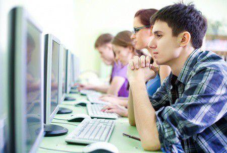 Diákhitel: befektetés vagy eladósodás? Megéri vagy nem?