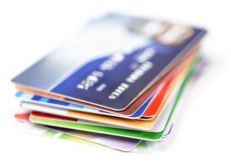 Melyik a legolcsóbb bankkártya? Megkerestük neked!