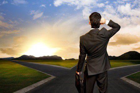 Hitelfelvétel: bank, vagy tanácsadó? Ki segít életünk egyik legnagyobb döntésében?