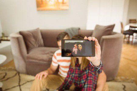 Egymással beszélgető okostelefonok? Ez a jövő!