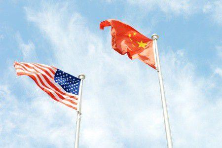Görögország után Kína és Amerika miatt is aggódhatunk