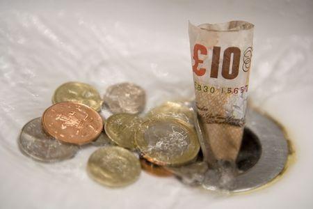 Égeti a zsebedet a pénz? Így védekezz a túlköltekezés ellen!