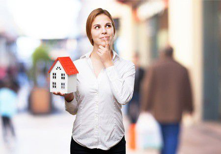 Mennyi jövedelem és milyen ingatlan kell a lakáshitelhez?