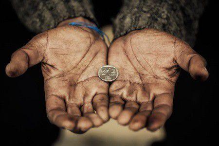 Maguknak ássák a gödröt a szegények? Van kiút!