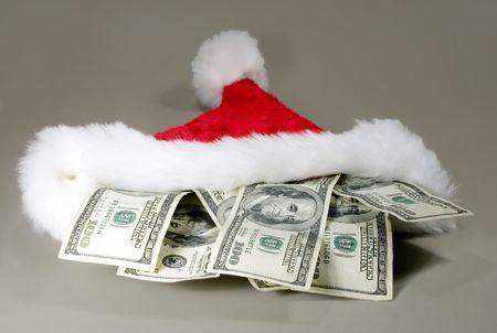 Jön a karácsony, kapkodják a személyi kölcsönöket