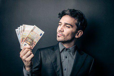 Így kereshetsz pénzt a céges bankkártyával