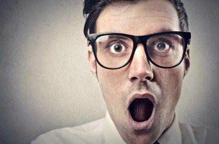 Zuhanni kezdett a forint az MNB meglepő kamatvágása miatt