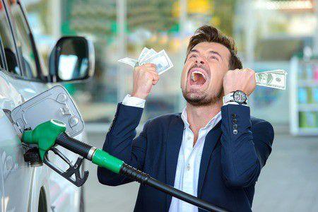"""Zuhan a benzin ára! – """"Kinek áll ez érdekében?"""""""