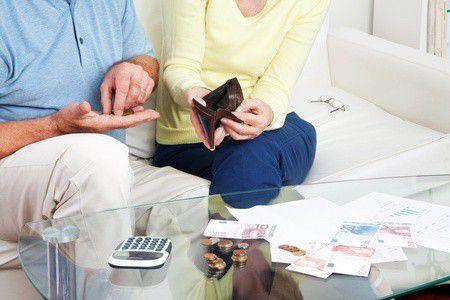Pénztártagok figyelem! Változások jönnek a jegybank ajánlására