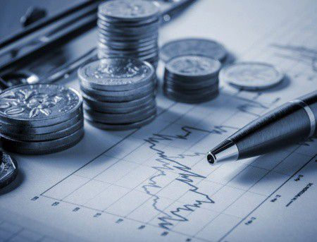 Tényleg olyan jó befektetés lenne a dollár vagy az euró?