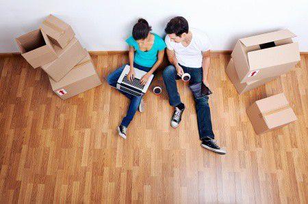 Hol kapok jobb hitelt, a banknál vagy egy lakástakaréknál?