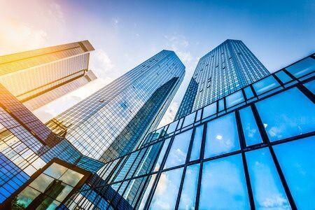 Hogyan teljesítettek az ingatlanalapok a száguldó piacon?