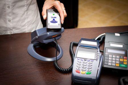 Rákattantak az emberek a mobilfizetésre