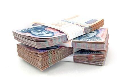 Kapkodják a személyi kölcsönöket – Vajon mire megy a pénz?